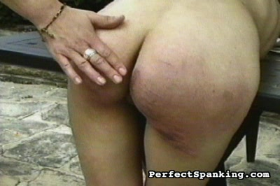 Spanky freaks  lascivious waif takes a beating from her buxom mistree. Lascivious waif takes a beating from her buxom mistree