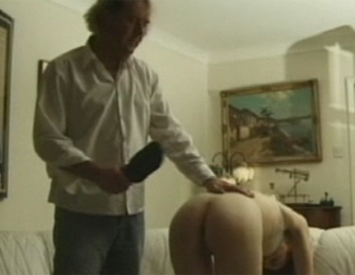 Slap me heavy  a first date gets interesting when they both learn they love slaping. A first date gets interesting when they both learn they love spanking