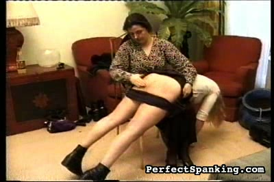 What a time to do homework	  thighs suffer in this one in addition to butthole cheeks   lots of ows in this video as woman punishes this girls anus all the while she is writing on notepaper as part of her punishment. Thighs suffer in this one in addition to analy cheeks.  Lots of ows in this video as woman punishes this girls ass, all the while she is writing on notepaper as part of her punishment.